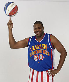Harlem Globetrotters Come To Des Moines
