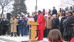 Reverend Keith Ratliff addresses crowd at rally