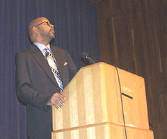Leonard Pitts speaks at MLK Jr. celebration