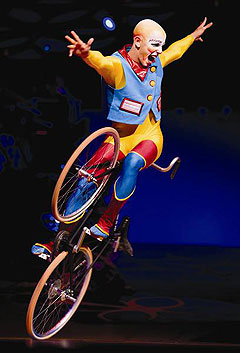 Cirque du Soliel performer