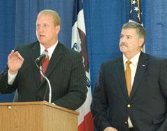 Governor Chet Culver, Farm Bureau President Craig Lang (L-R)