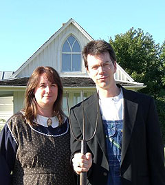 Traci and Matt Kelley take a turn at American Gothic.