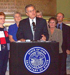 Iowa Secretary of State Michael Mauro.