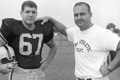 Wally Hilgenberg (left) and brother Jerry.