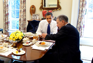 President Barack Obama and Iowa Senator Chuck Grassley at lunch.