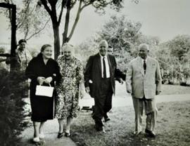 Khrushchev_Garst