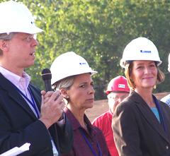 Des Moines Mayor Frank Cownie, Councilwoman Angela Connelly, First Lady Mari Culver (l-r)