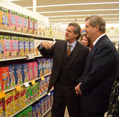 Ag Secretary Tom Vilsack, with HyVee CEO.