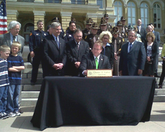 Governor Culver signs the texting ban into law.