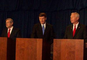 Terry Branstad, Bob VanderPlaats, Rod Roberts (L-R)