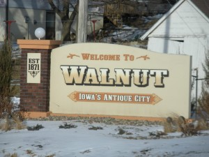 Walnut Iowa sign
