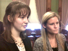 Leah Murray & Olivia Lofgren speak with reporters