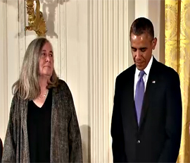 Marilynne Robinson with President Barack Obama at the award presentation.