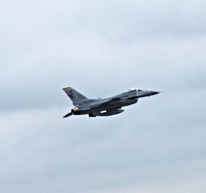 F-16 fighter.