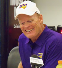 UNI coach Mark Farley (file photo)