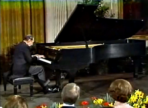 Vladimir Horowitz plays for President and Mrs. Carter.