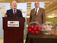Iowa Lottery CEO Terry Rich and Ed Van Petten, executive director of the Minnesota State Lottery. (L-R)