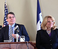 Senators Mike Gronstal and Pam Jochum.