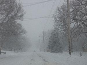 Snowy street in Des Moines.