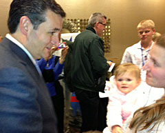 Ted Cruz talks with an Iowa parent.
