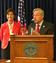 Governor Terry Branstad and Lt. Governor Reynolds.
