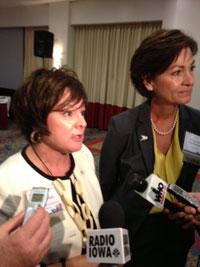 Debi Durham and Lt. Governor Kim Reynolds.