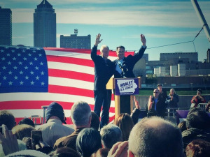 Bill Clinton campaigns with Bruce Braley.