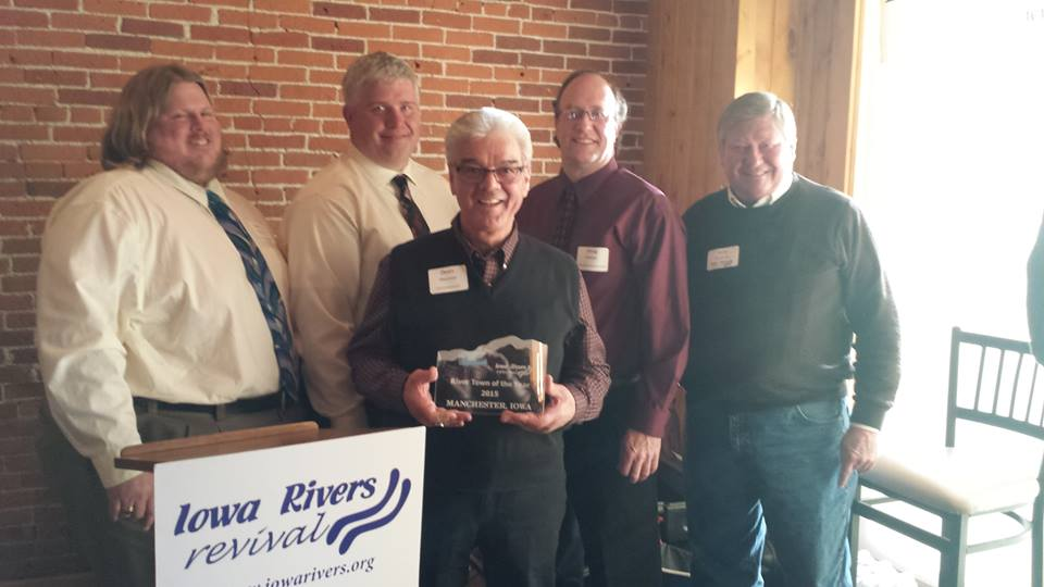 L-R: Ryan Wicks (Manchester Good to Great River and Rec Committee Chair), Tim Vick (Manchester City Manager), Dean Sherman (Manchester Good to Great Committee Chair), Doug Hawker (Manchester Good to Great River and Rec Committee member) and Jerry Peckumn (Board Chair of Iowa Rivers Revival).