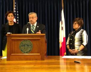 Lt. Governor Kim Reynolds (left), Governor Branstad and Debbie Durham.