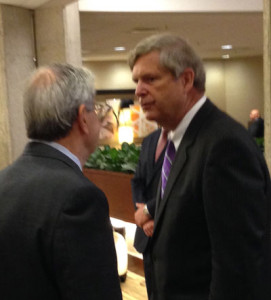 Governor Terry Branstad (L), Ag Secretary Tom Vilsack.