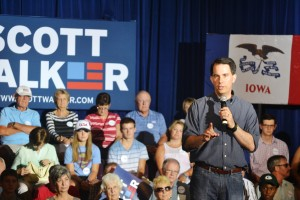 Scott Walker talking to a crowd of supporters in Cedar Rapids.