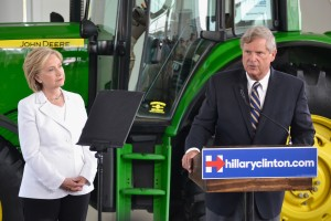 Tom Vilsack introduces Hillary Clinton and comments on his recent endorsement at her event in Ankeny.