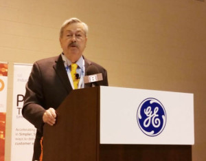 Governor Terry Branstad at the GE expansion announcement.