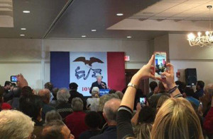 Bill Clinton in Cedar Rapids.
