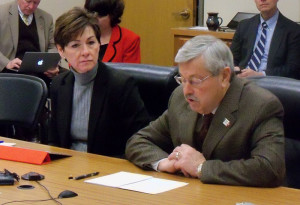 Lt. Governor Kim Reynolds and Governor Terry Branstad at the Board of Education meeting.