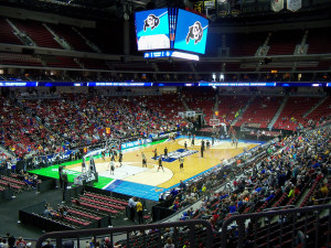 Fans turned out to see the tournament teams practice Wednesday in Des Moines.