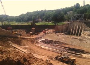 Lake Delhi dam construction.