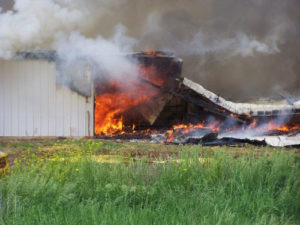 This fire in Hawarden killed 5,000 hogs.