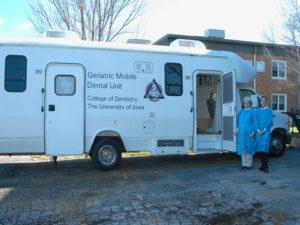 U-I Dental School photo of the mobile unit.