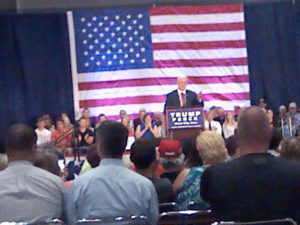 Mike Pence campaigns in Sioux City.