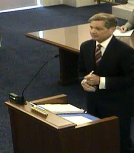 Mark Hedberg presents arguments to the Supreme Court.