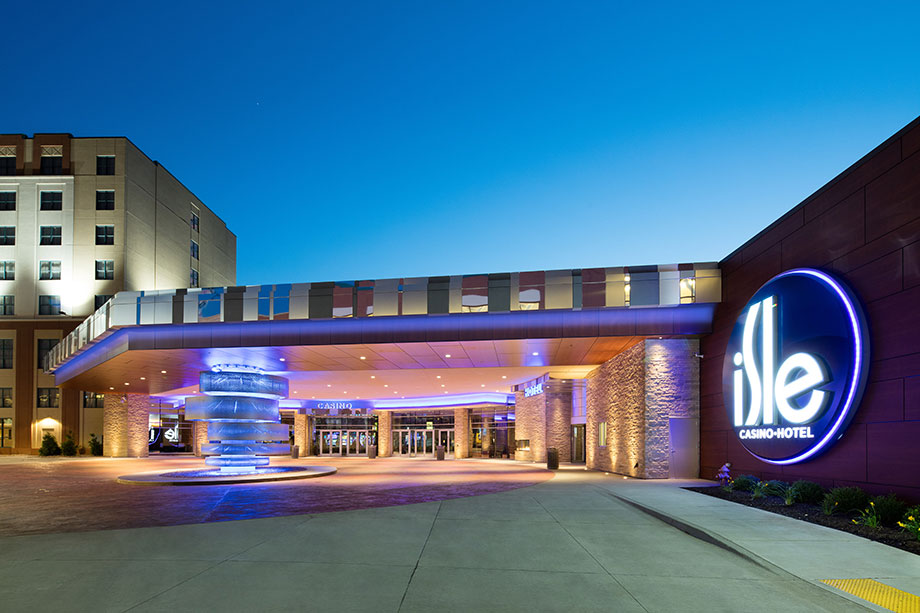 Rooms amp Suites  Book a Room  Isle Casino Black Hawk