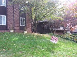home-sales-001-300x225