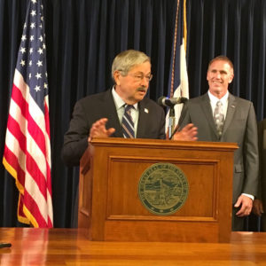 IPPA's Al Wulfekuhle joined Governor Terry Branstad for the trade mission announcement.