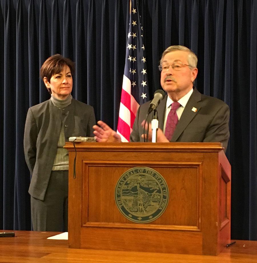 Iowa lawmakers burning late-night 'oil' in effort to adjourn