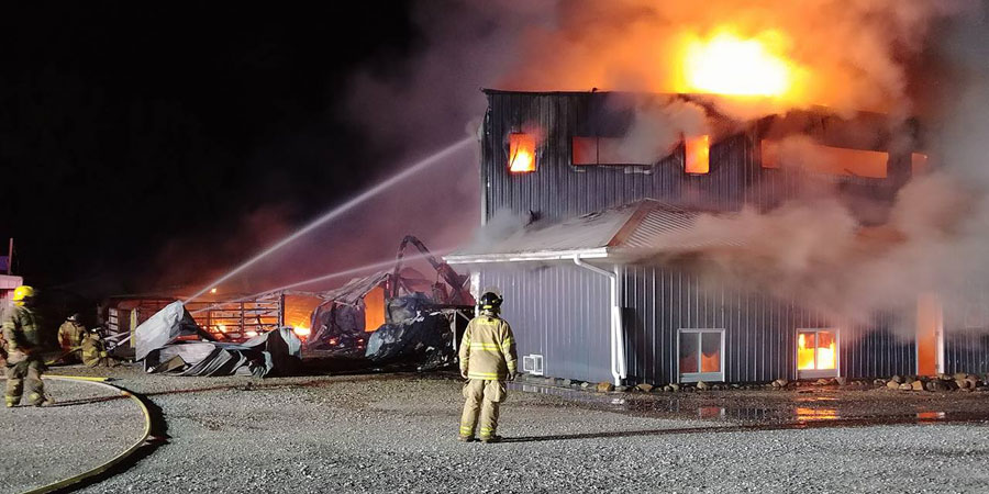 Fire Destroys Sale Barn In Aplington Radio Iowa