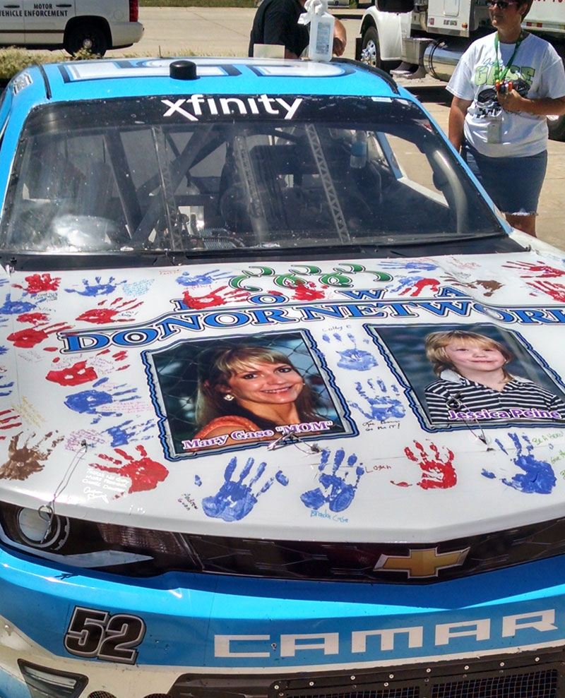 Iowa Native Uses Race Car To Support Organ Donation