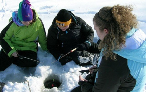 Dnr reminds anglers to check ice conditions for safety for Ice fishing iowa