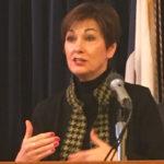 Reynolds says congress should 'take responsibility,' fix gun background check system