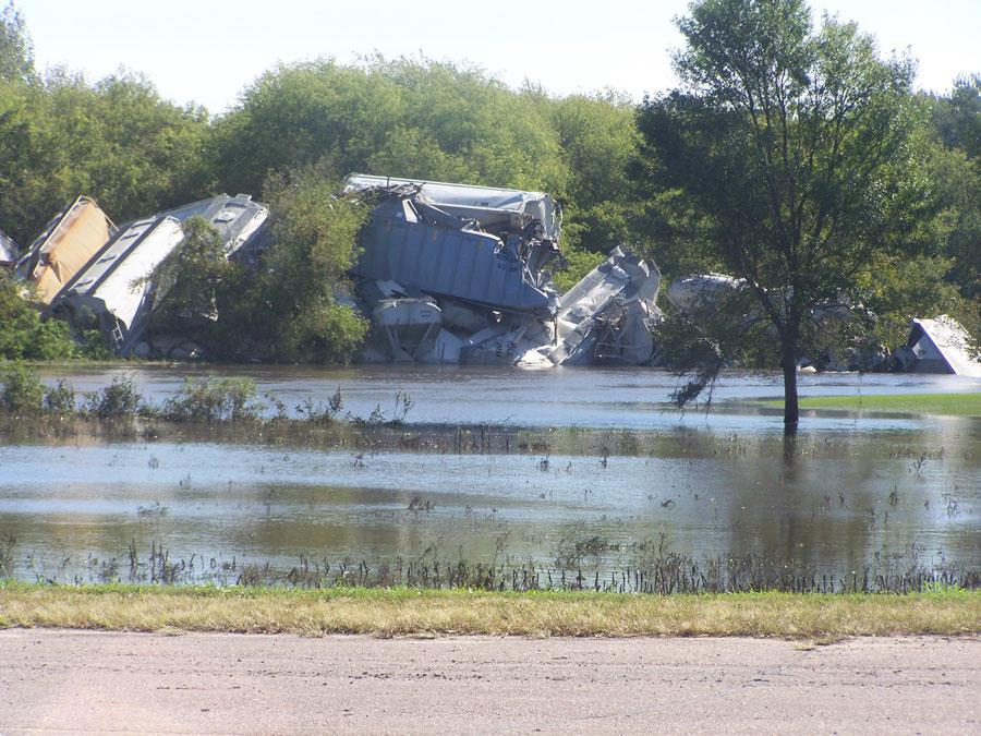 Train derails on Northwest Iowa bridge over flooding Floyd